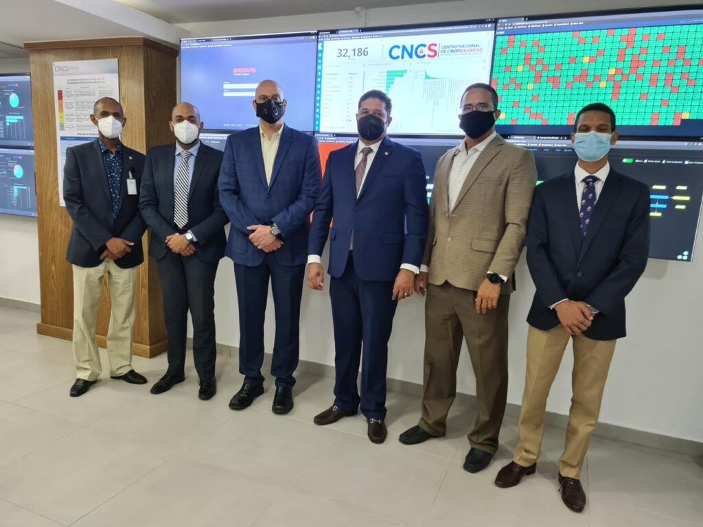 CNCS recibe a ISOC do